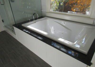 Paz - Shower Tub_resized